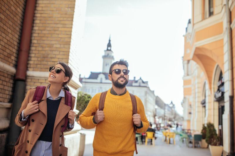 Blog topic ideas that make money online - Travel blog